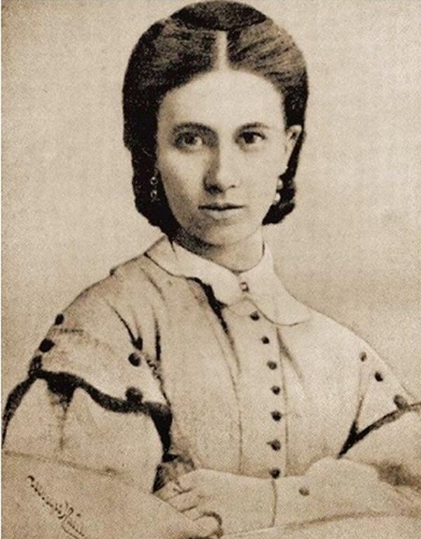 175 лет назад, в этот день, родилась Софья Андреевна Толстая, урожденная Берс.