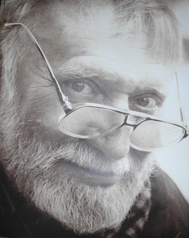 В этот день, 85 лет назад, родился известный российский писатель-фантаст, ученый-востоковед и сценарист Игорь Всеволодович Можейко, более известный под псевдонимом Кир Булычёв.