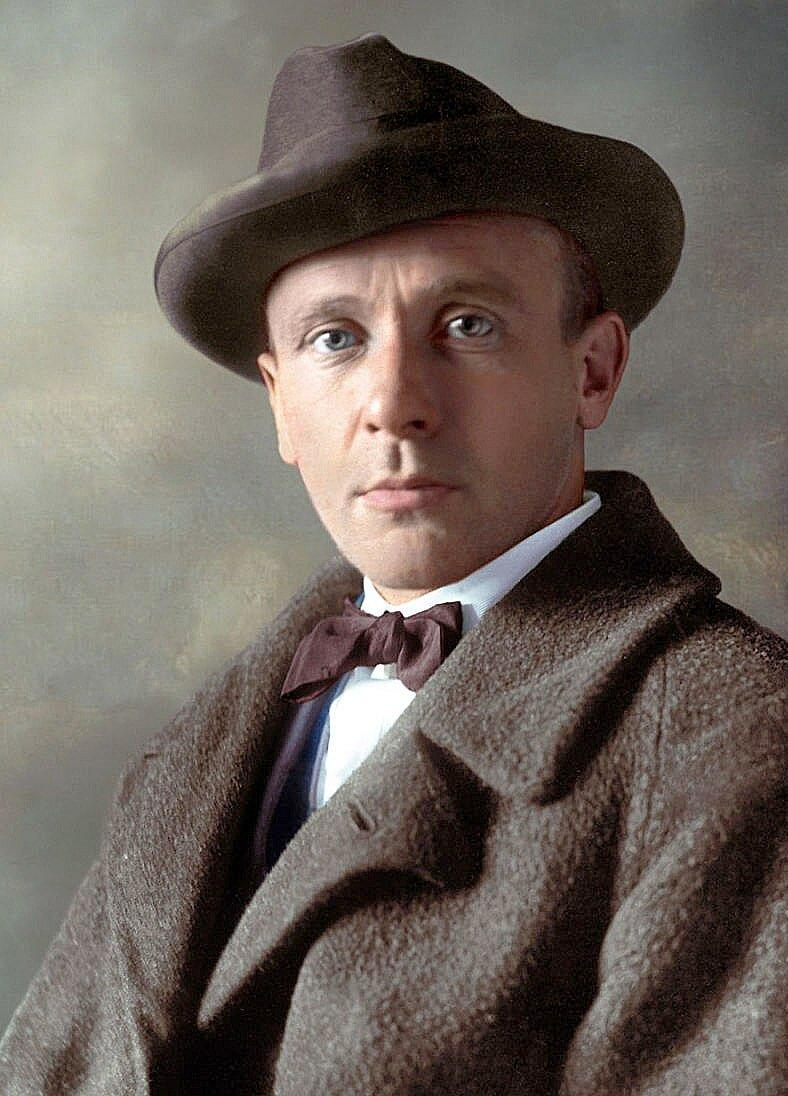 В этот день, 15 мая 1891 года, родился Михаил Булгаков.