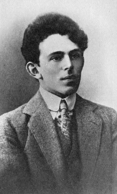27 декабря 1938 года в лагере под Владивостоком умер поэт Осип Мандельштам. Сегодня – день его памяти.