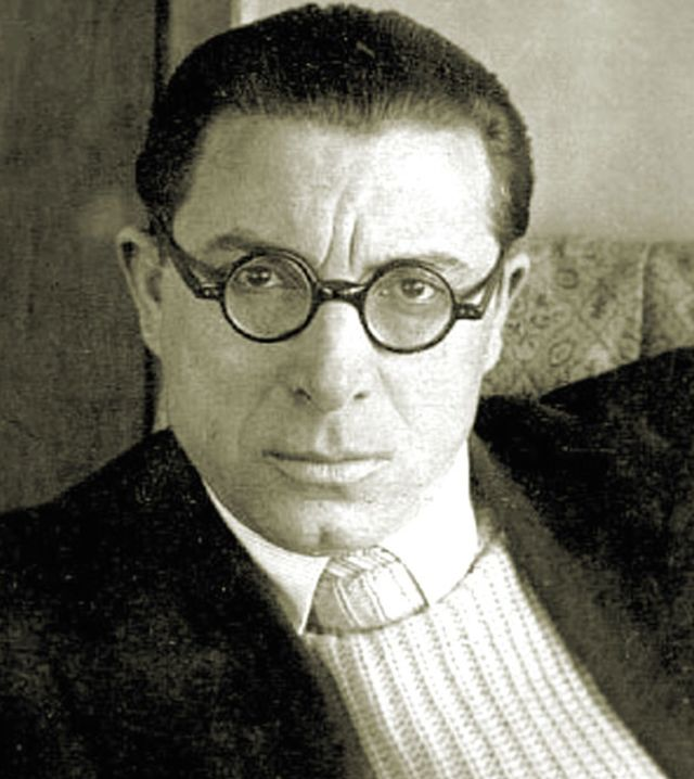120 лет назад, 24 октября 1899 года, родился классик советской поэзии Илья Сельвинский.